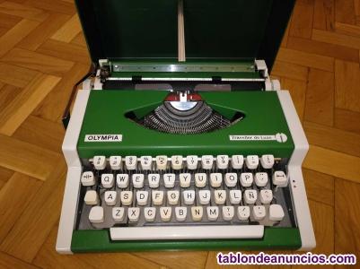Maquina de escribir olympia traveller de luxe con su maletin