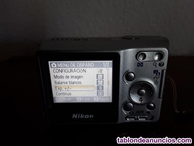 Vendo conjunto de 3 cámaras de fotografía 1 compacta