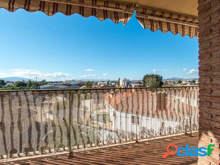 Atico duplex de 4 dormitorios en Casillas