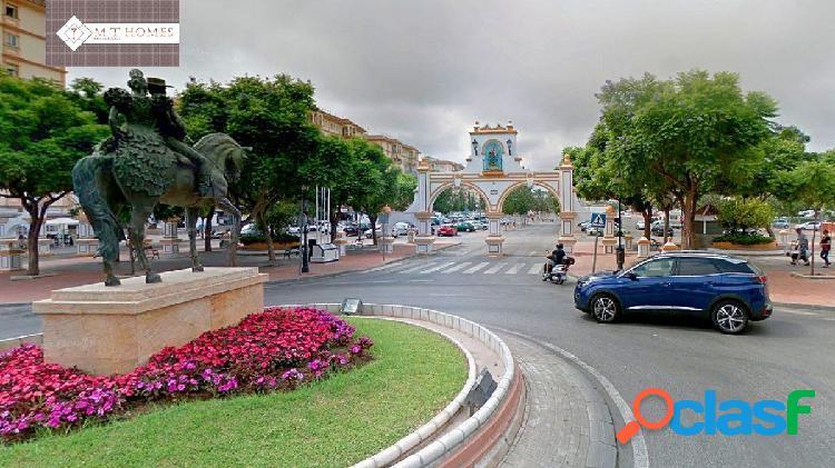 BONITO PISO EN LA PLAZA DE LA HISPANIDAD - FUENGIROLA - 5