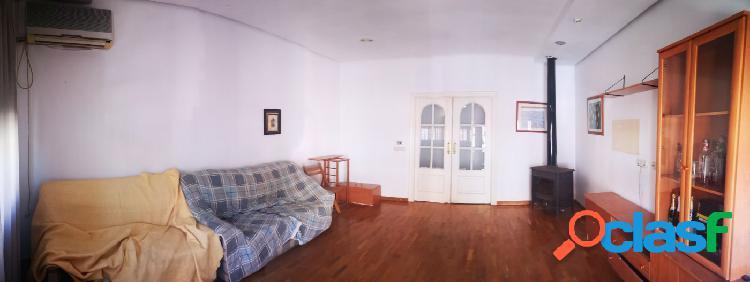 Casa en primera planta en Zarandona