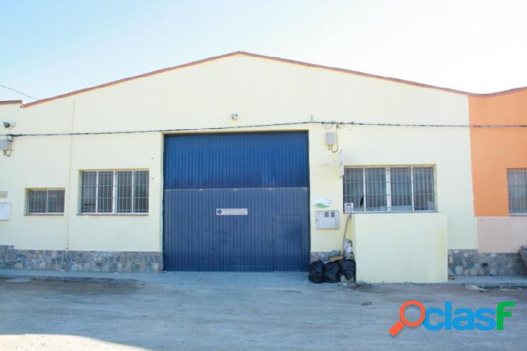 Nave industrial de 540 m2 con