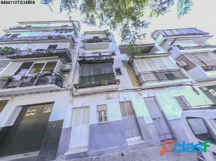 Piso en venta en Sevilla, Sevilla en Calle Portalegre