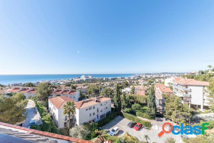 Preciosa vivienda en venta, con espectaculares vistas al mar