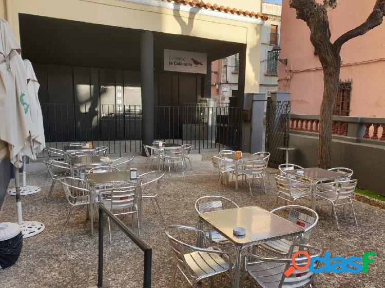 SE TRASPASA EMBLEMATICO BAR RESTAURANTE EN EL MASNOU