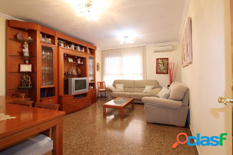 Se vende bonito piso en Bonrepos i Mirambell