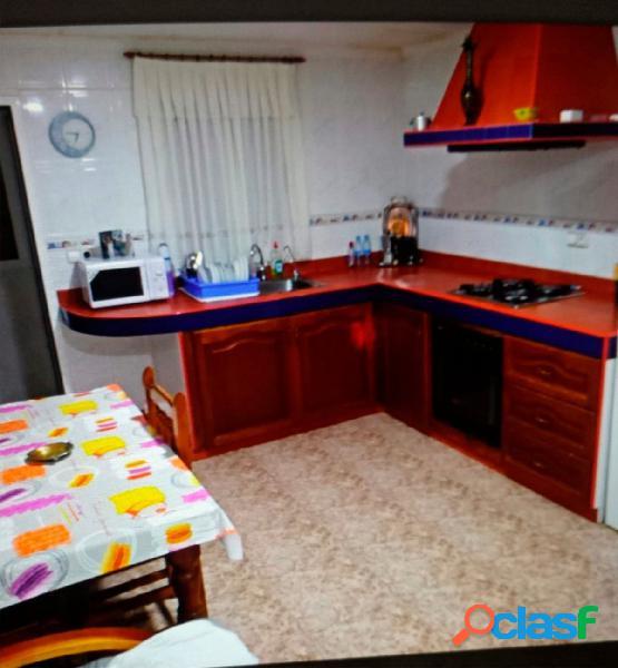 Se vende casa de campo en Elda zona centro excursionsta