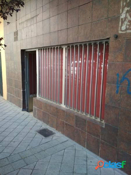 Urbis te ofrece un local en Carmelitas, Salamanca