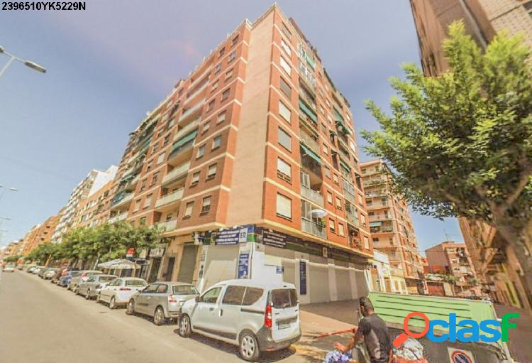 VENTA LOCAL COMERCIAL EN CASTELLON