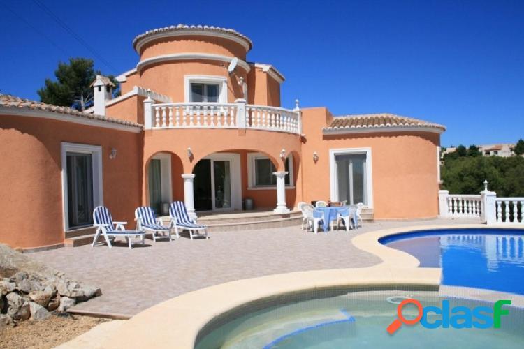 Villa Chalet de nueva construc