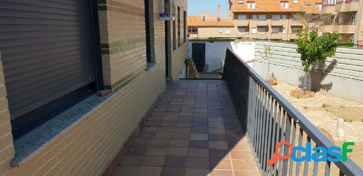 Urbis te ofrece un piso en Huerta Otea.