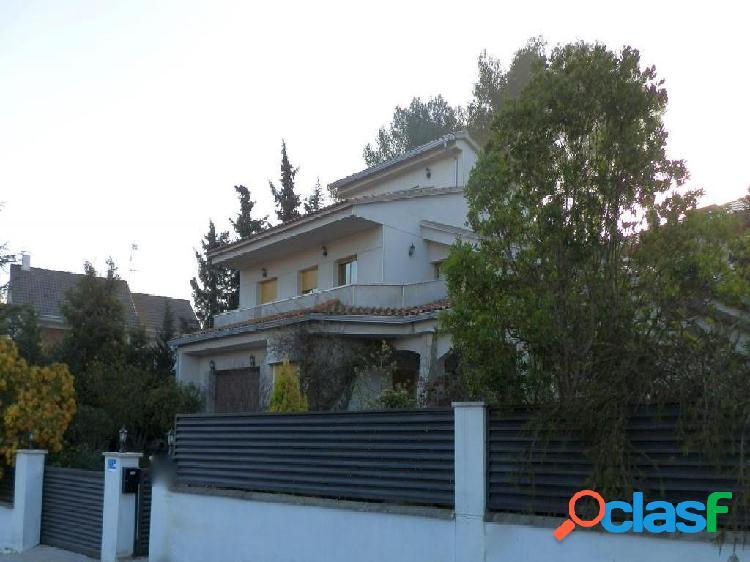 Casa-Chalet en Venta en Cervello Barcelona