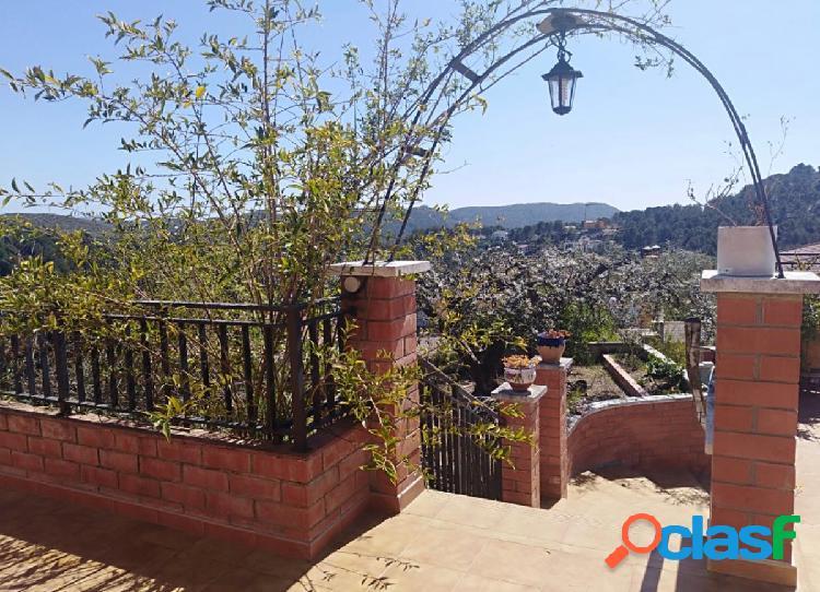 Casa en venta en Olivella. Zona can suria. Con árboles
