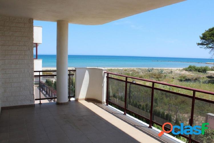 Espectacular apartamento con vistas al mar y con salida