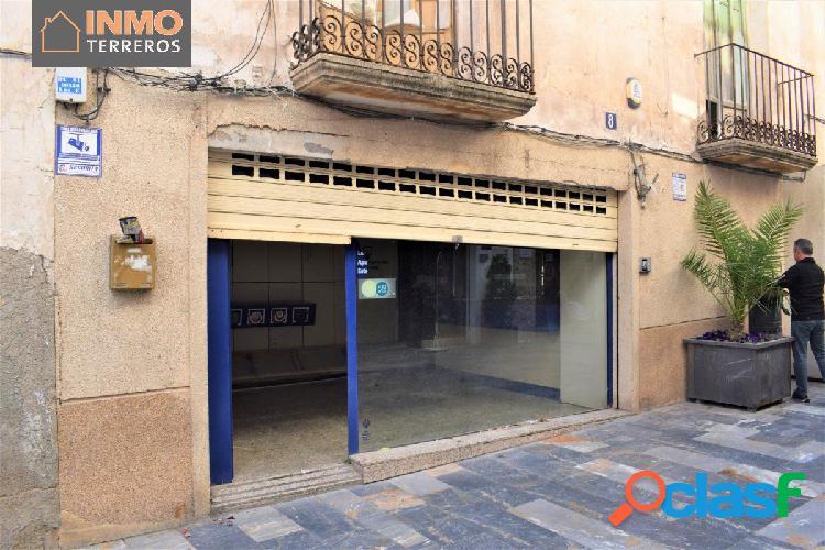 Fantástico local comercial en el centro de Lorca