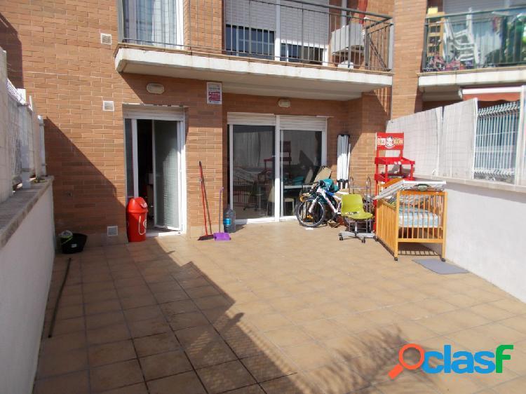 Fantástico piso con terraza, parquing y trastero