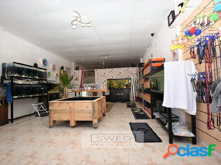 Local comercial en Orihuela Costa.