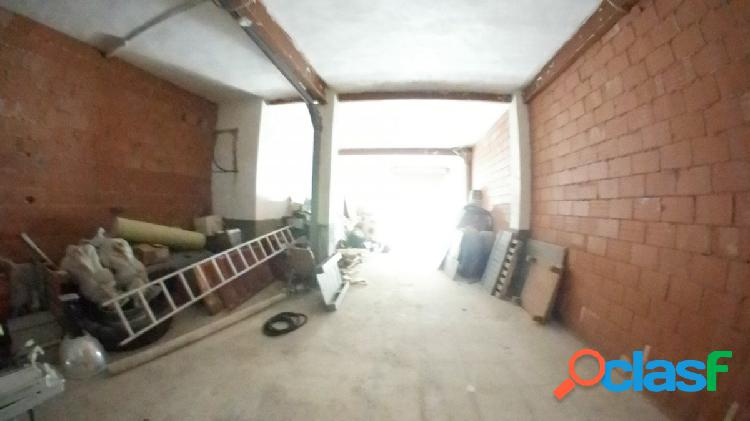 Local de Obra en venta con 110m2 PROXIMO a avenida vicente