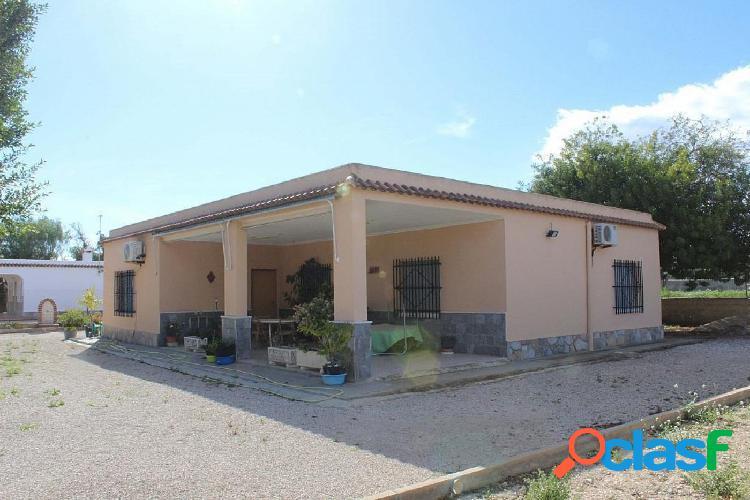 ¡Ocasión! Chalet en Elche(Alicante)La Matola.La vivienda