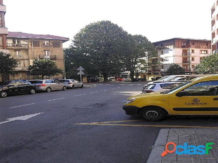 Plaza De Parking en alquiler y en venta en Guecho de 18 m2