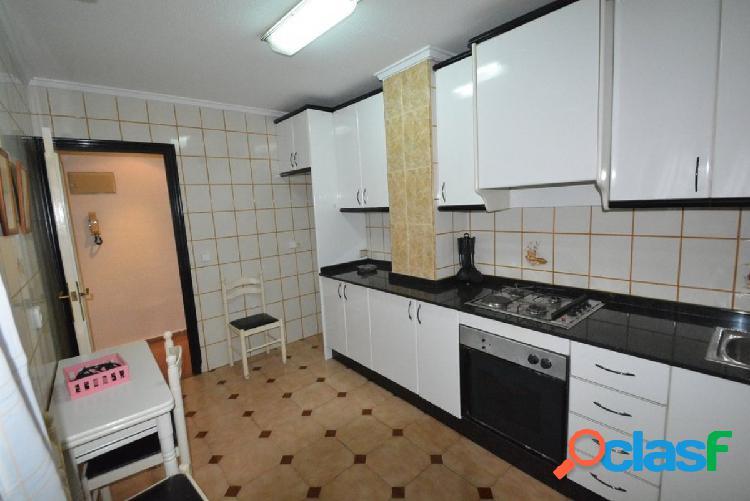 Alquiler piso en Orihuela zona Marqués de Molins, 115 m2. 3