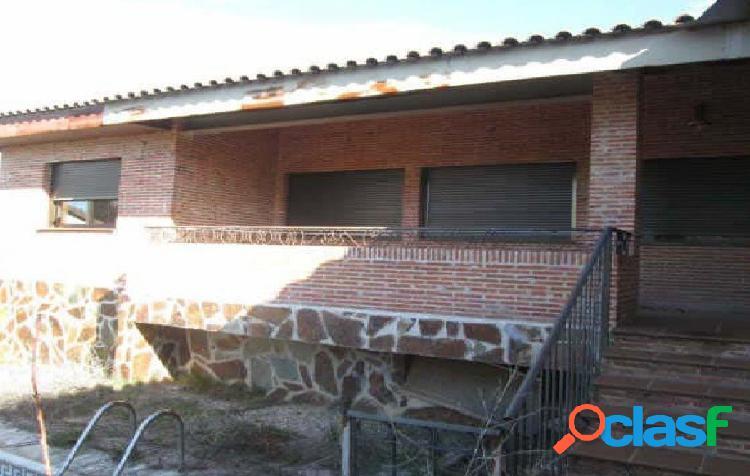 Chalet en venta en El Casar. Urbanización El Coto