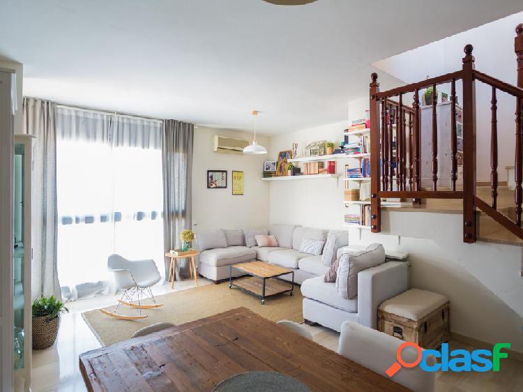 Duplex en venta de 115m² en Calle Santa Marcel-lina 3,