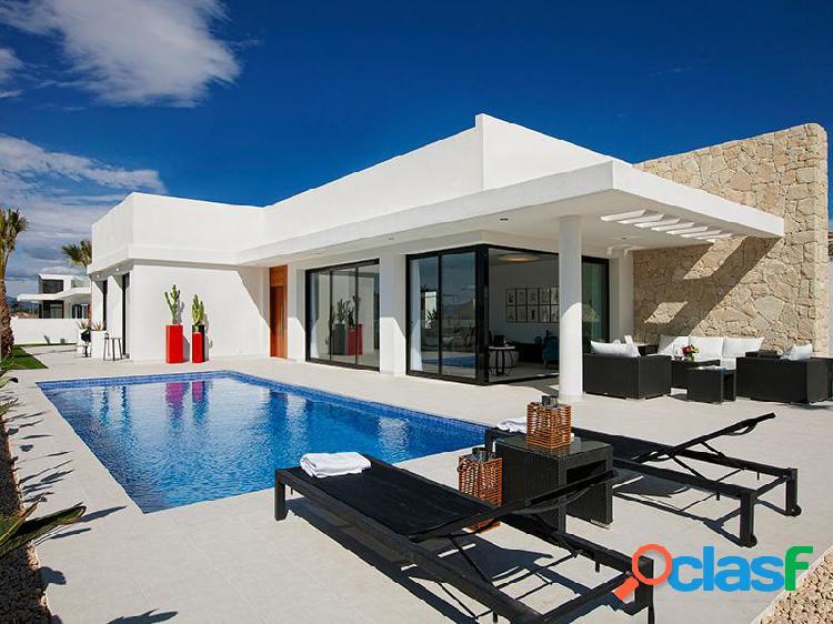 Nueva villa de estilo contempo