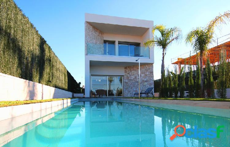 Nuevas villas con piscina priv