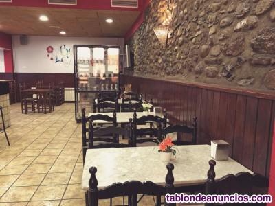 Se traspasa bar restaurante