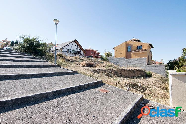 Urbanizacion Santa Marta en Gojar. Parcela de terrero