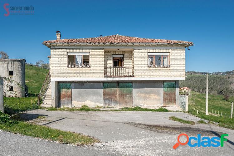 Venta de casa con terreno en Cabezón de la Sal 177.000€