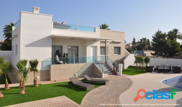 Villa de estilo moderno y acab