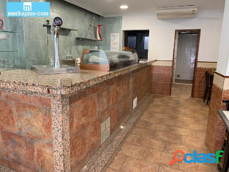 Bar en venta en Castelldefels