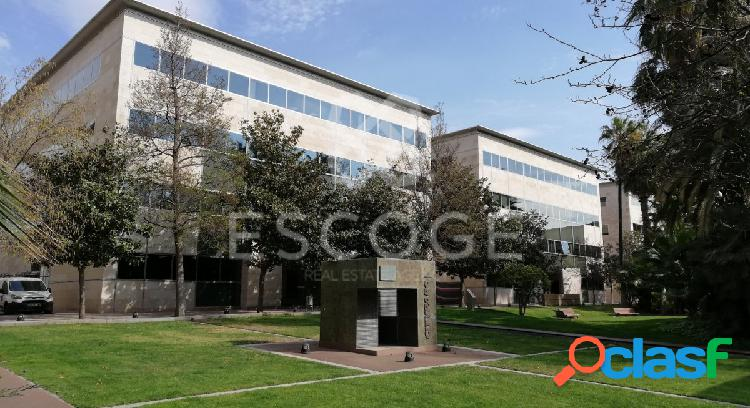 """Oficina en el centro de negocios de """"City Park"""" de Cornellá"""