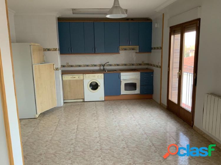 Piso de 3 habitaciones en alquiler en Pioz