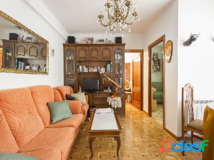 Piso en venta de 59 m² en Calle Zarapitos, 28025 Madrid