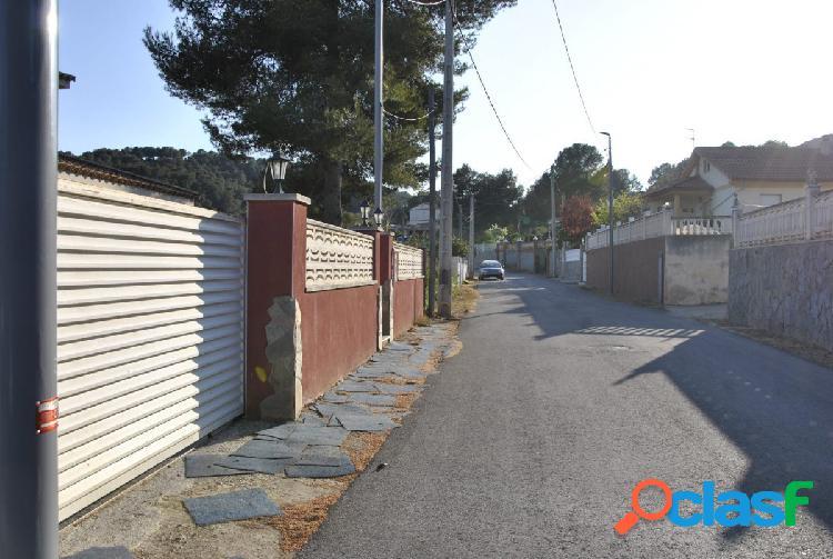 Terreno 800m2 en Canyelles, urbanización, Les Palmeres -