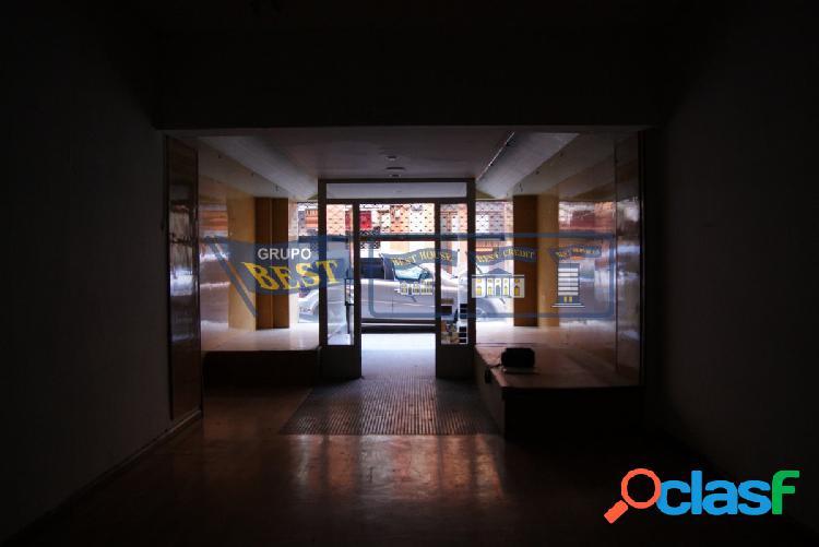 Local comercial en alquiler en el centro de León.