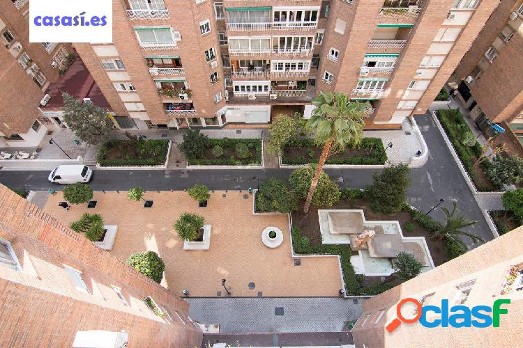 Magnifico piso en Urbanización Alminares del Genil
