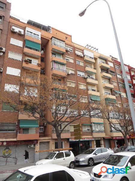 Se vende piso en calle Musico Ayllon Reformado