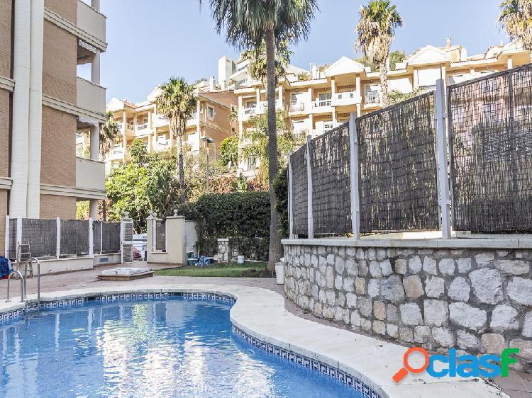 Piso en venta de 170 m² en Avenida Estrella del Mar, 29631