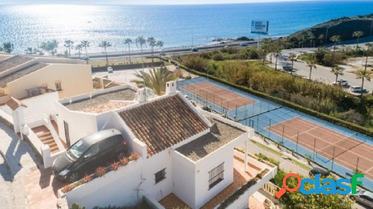 Fantástica Villa en El Faro con hermosas vistas al mar,