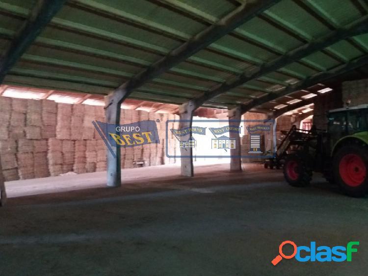 Nave industrial a la venta en Ambasaguas de Curueño.
