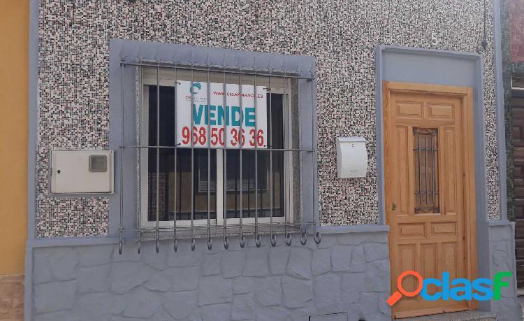 Planta baja reformada en el barrio de la Concepción.