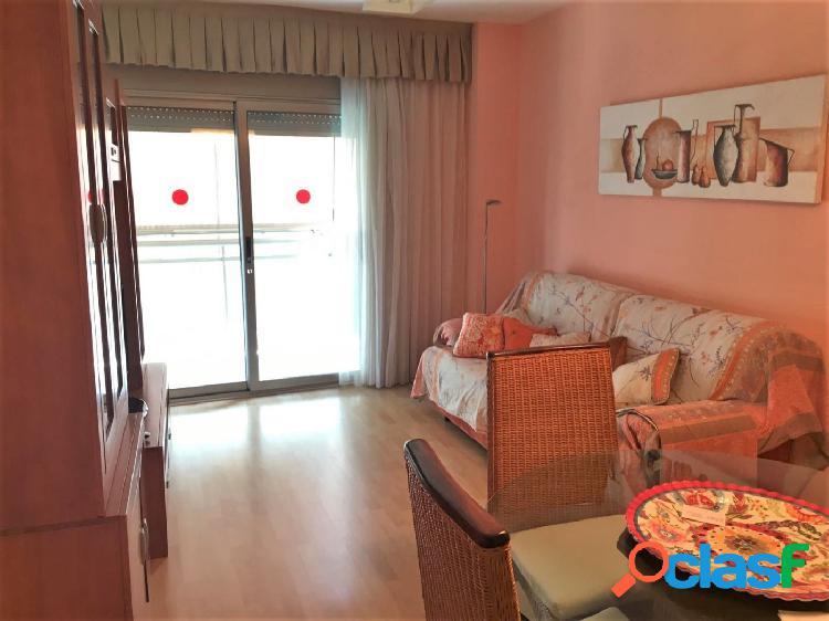 Bonito piso reformado en Playa de Calafell. A escasos 300m