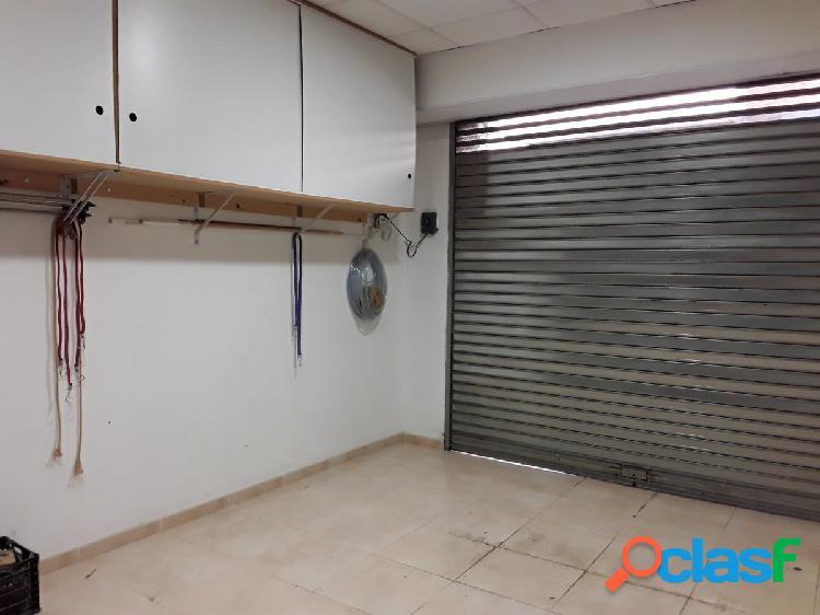 Local en venta, Olesa de Montserrat, Zona Estación, Baix