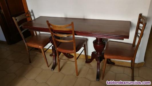 Venta de mesa antigua, 4 sillas y butaca