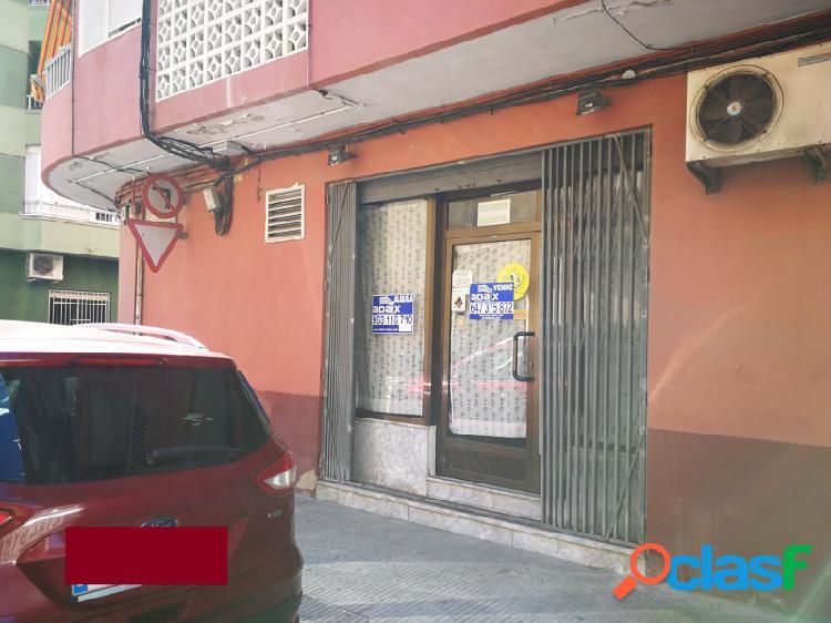 Local comercial en venta y en alquiler en Alzira
