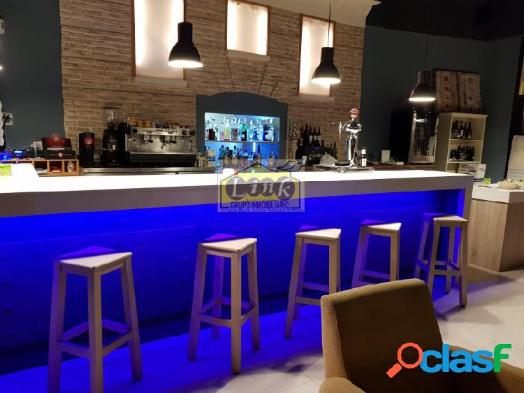 Oportunidad Amplio Local comercial para Restaurante o Bar de